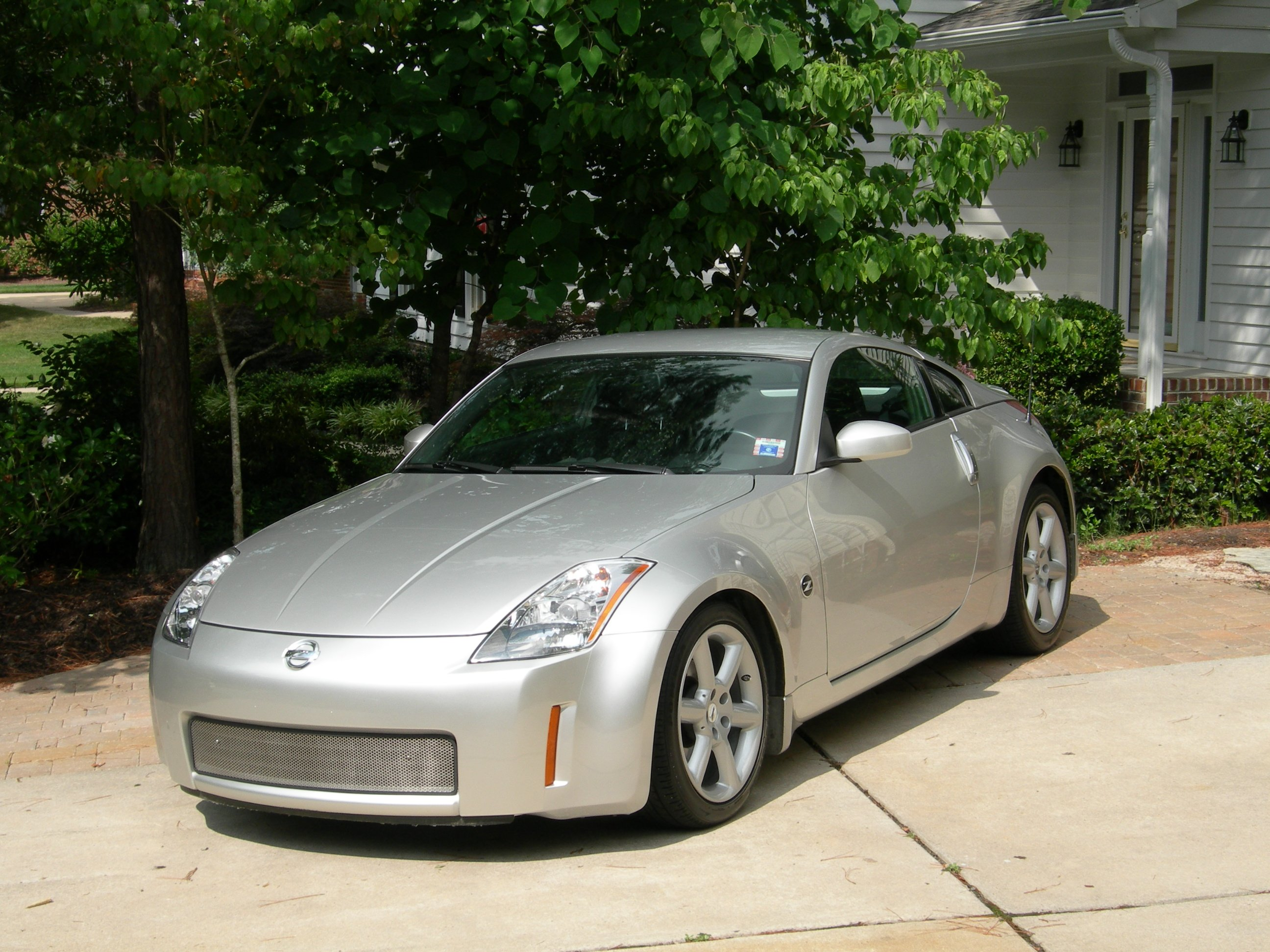 2004 nissan 350z touring model coupe 23989 nissan 350z click image for larger version name 1g views 1495 size 158 vanachro Images