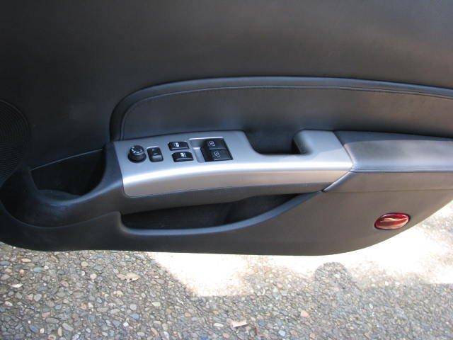 Scratches on driver\'s door handle - Nissan 350Z Forum, Nissan 370Z ...